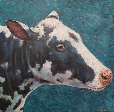 Cow full view