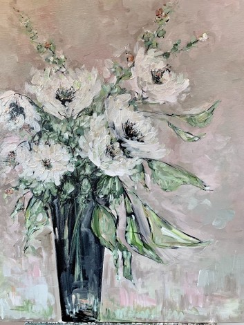 White Flowers in a Vase01