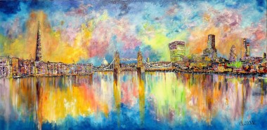London  Tower Bridge Light'son the Thames