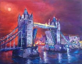 Tower Bridge with the setting sun